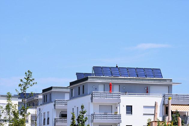 Panneaux solaires immeuble